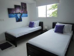 La Boquilla hotels with restaurants