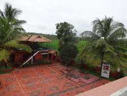 Top-3 hotels in the center of Kumaragam