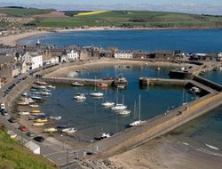 Stonehaven hotels with sea view