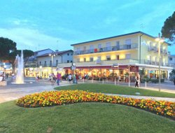 Lido di Jesolo hotels with Russian personnel