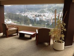Ambato hotels with restaurants