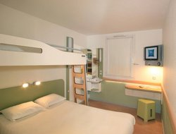 Pets-friendly hotels in Chasseneuil-du-Poitou