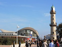 Warnemuende hotels with swimming pool
