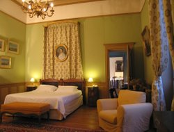 Top-5 romantic Saumur hotels