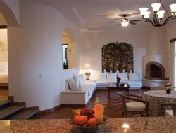 Top-9 hotels in the center of Todos Santos