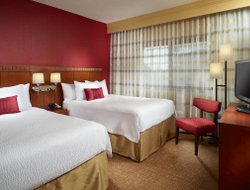Business hotels in College Park