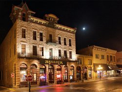 Top-3 romantic Deadwood hotels