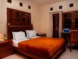 Denpasar hotels with restaurants