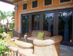 Gianyar hotels with restaurants