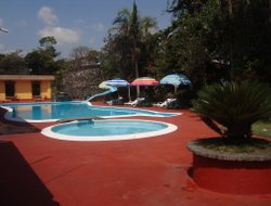 Top-3 hotels in the center of El Fortin