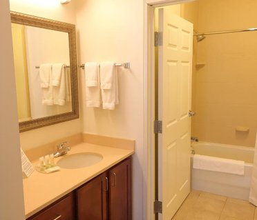 Staybridge Suites Detroit-Novi