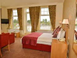 Top-6 romantic Lowestoft hotels
