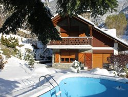 Arinsal hotels with swimming pool