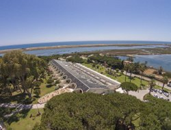 Quinta do Lago hotels with sea view