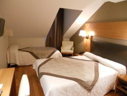 Bagneres-de-Luchon hotels with restaurants