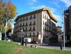 Top-10 hotels in the center of Jaca
