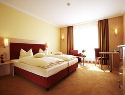 Fulda hotels with swimming pool