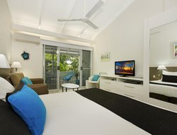 Port Douglas hotels with sea view