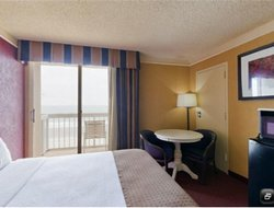 Top-3 hotels in the center of Surfside Beach