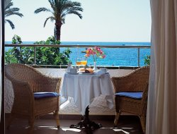 S'Algar hotels with sea view