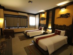 Phitsanulok City hotels with swimming pool
