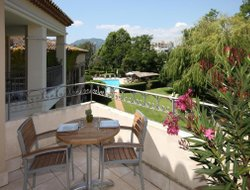 Mandelieu-la-Napoule hotels with swimming pool