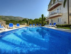 Cavtat hotels for families with children