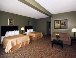 Pets-friendly hotels in Daleville