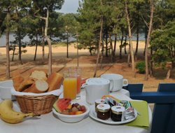 Soorts-Hossegor hotels with restaurants