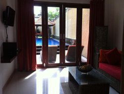 Jimbaran hotels with swimming pool