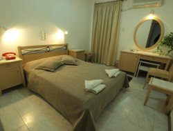 Pets-friendly hotels in Livadi