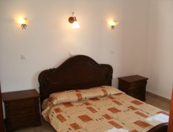 Top-8 romantic Agia Anna hotels