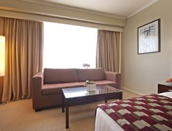 Parramatta hotels with restaurants