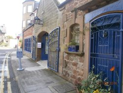North Berwick hotels with restaurants