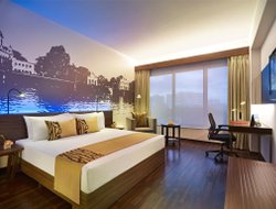 Kolkata hotels with swimming pool