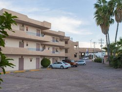 Guaymas hotels with swimming pool