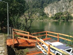 Dalyan hotels with river view