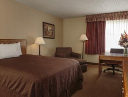 Top-10 hotels in the center of Elko