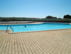 St. Cyprien hotels with swimming pool
