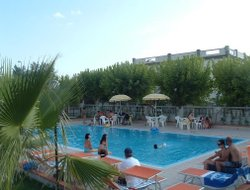 Scalea hotels with swimming pool