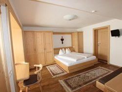 Alpbach hotels for families with children