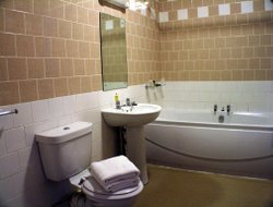 Rotherham hotels with restaurants