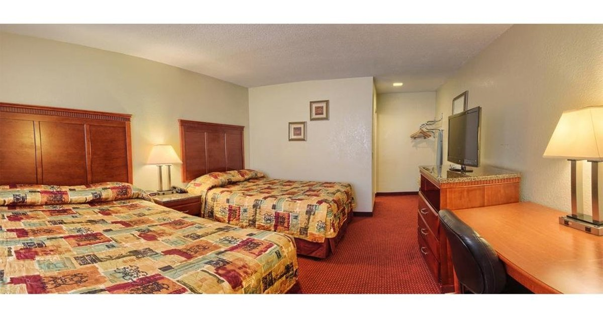 Pacific Inn and Suites-Convention Center-Gaslamp-Seaworld