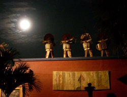 Todos Santos hotels with restaurants