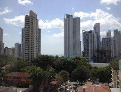 Panama City hotels with restaurants