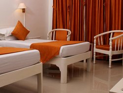 Bharatpur hotels with swimming pool