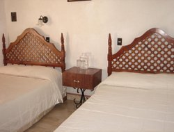 Cuernavaca hotels with restaurants