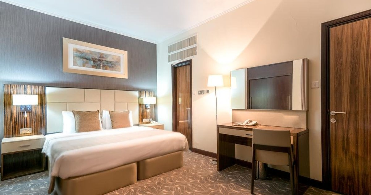 Hawthorn Suites by Wyndham Abu Dhabi City Center (ех. Regent Downtown; Al Diar Regency Hotel)