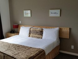 Pets-friendly hotels in Canmore
