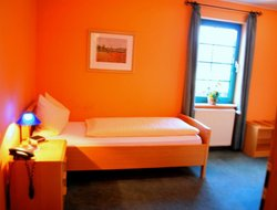 Fulda hotels with restaurants